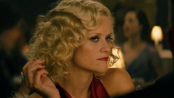 11_film_water_for_elephants_witherspoon_dinner_look