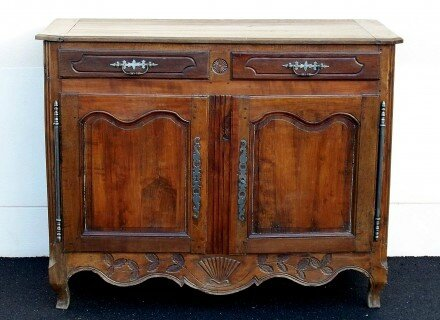 4317169-Buffet-louis-xv-en-noyer-440x320