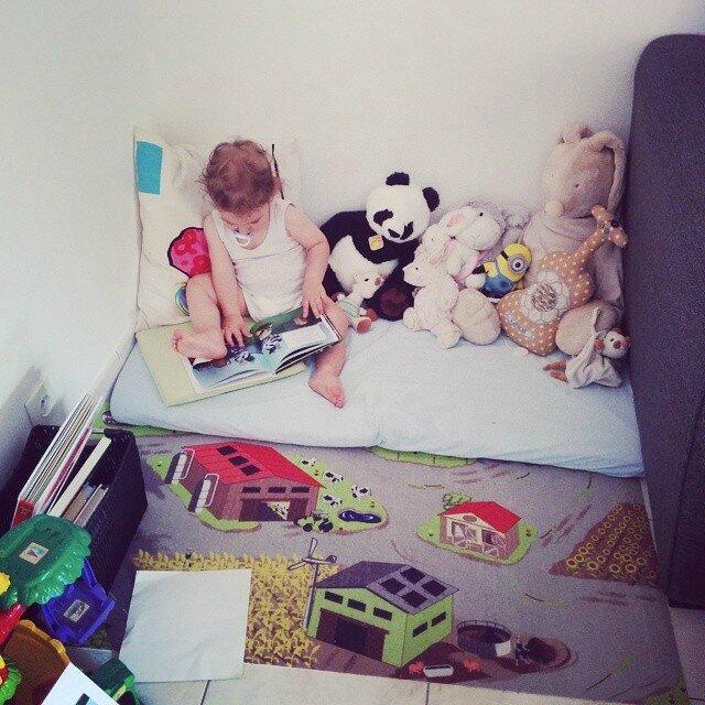 Photo Chut les enfants lisent