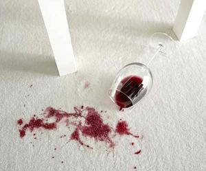 verre_de_rouge_renvers_