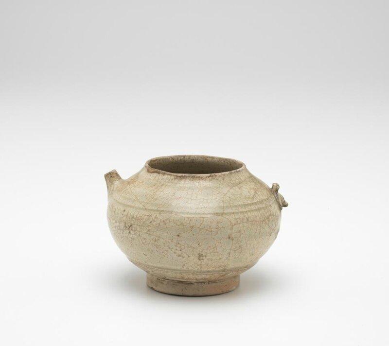 Ewer, Vietnam, 11th century-13th century, earthenware, glaze, 10