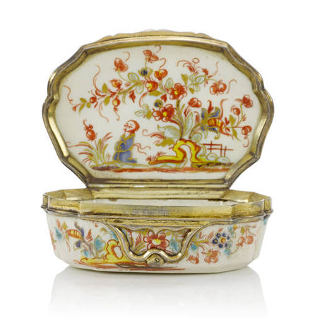 A_Saint_Cloud_silver_mounted_snuff_box__circa_17301