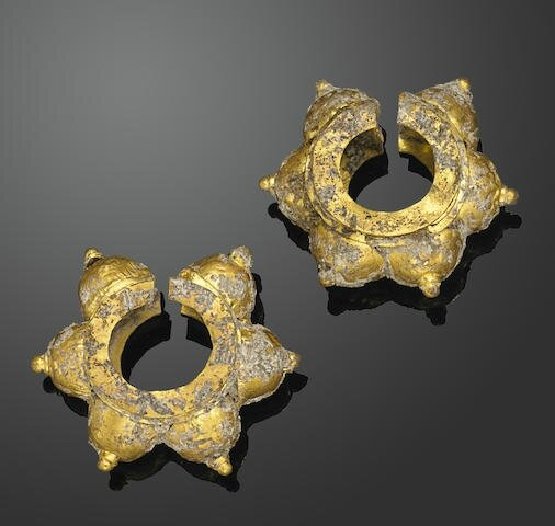 A pair of gold Champa earrings, Vietnam, Tap Nam period, 12th century