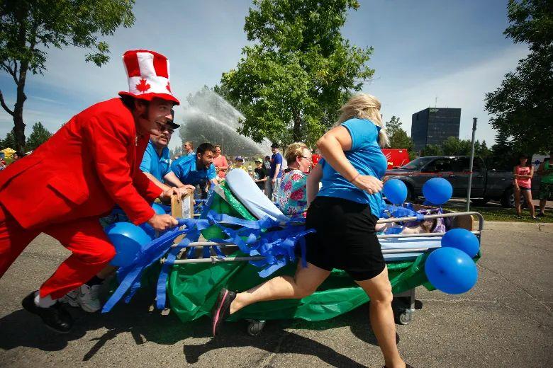 Bed race fundraiser returns | Daily Herald Tribune