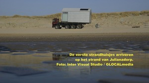 Strandhuisjes arriveren in Julianadorp