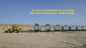 Strandhuisjes arriveren in Julianadorp