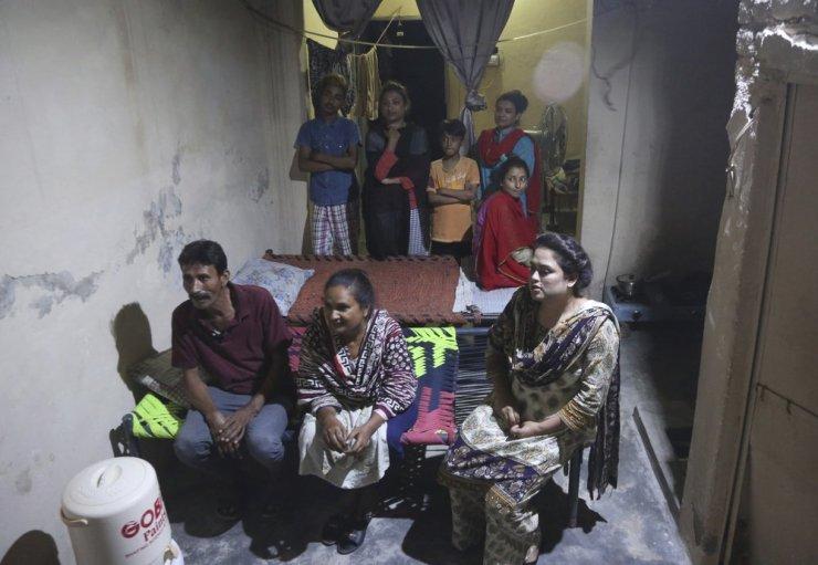 """Relatório revela: 629 meninas paquistanesas foram vendidas como """"noivas"""" para a China. """"Ninguém está fazendo nada para ajudar essas garotas!"""" 15"""