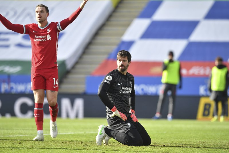 Slumping Liverpool collapses in 3-1 loss at Leicester in EPL
