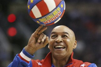 """Fred """"Curly"""" Neal of the Harlem Globetrotters passes away at age 77"""