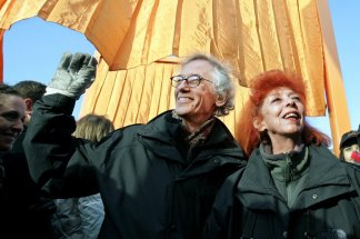 Christo, known for massive, ephemeral public arts projects dies at age 84