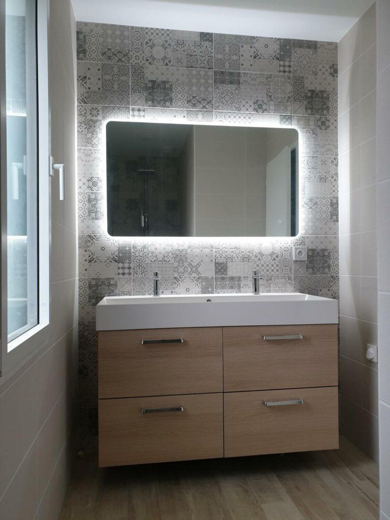 le bois dans la salle de bain 30