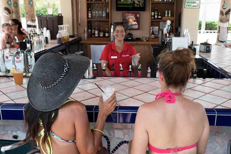 Kokomo's Lakeside Tiki Bar