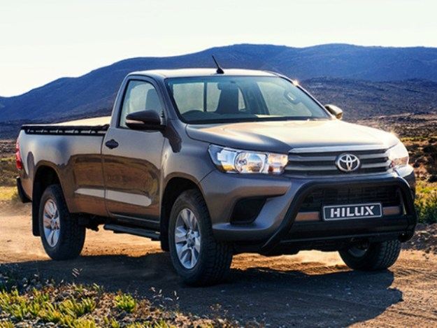 Toyota Hilux 2.4 GD-6 RB SRX MT