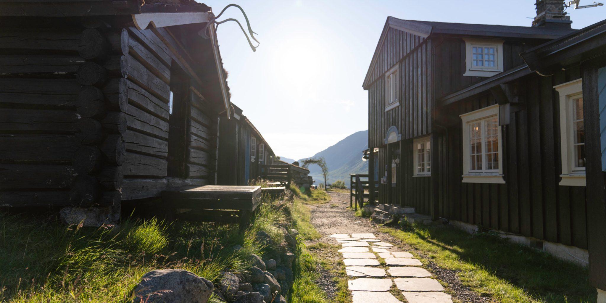 Gjendebu tourist lodge. Historical Route, Jotunheimen.