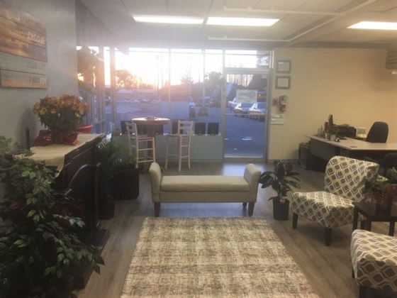 Juneau Interiors Staging Portage Boulevard