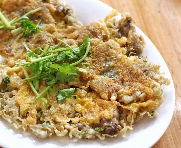 Singapore travel - Oyster Omelette