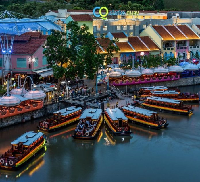 kinh nghiệm du lịch Singapore, vui chơi ở Clarke Quay