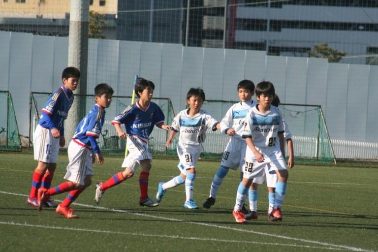 未来の神奈川ダービーでも対戦することになるかもしれないフロンターレとマリノスの選手たち