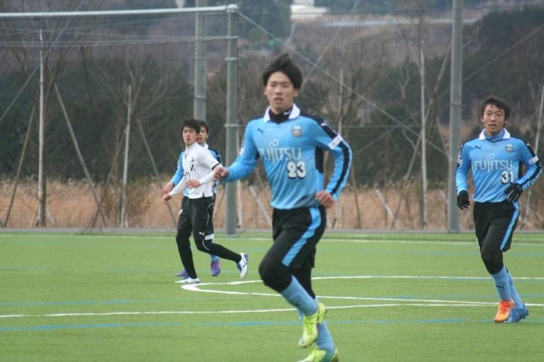 藤井柾人選手㊧は早い時間で交代となった