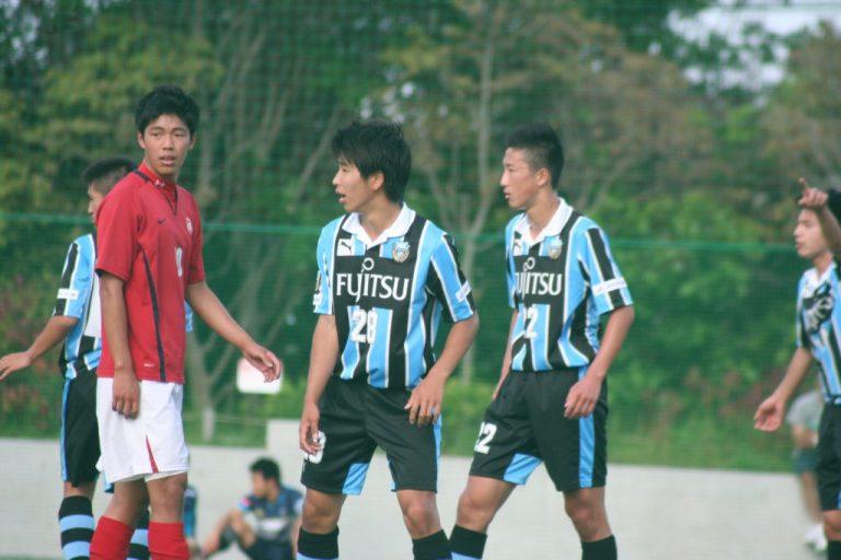 山田新選手と新井秀明選手