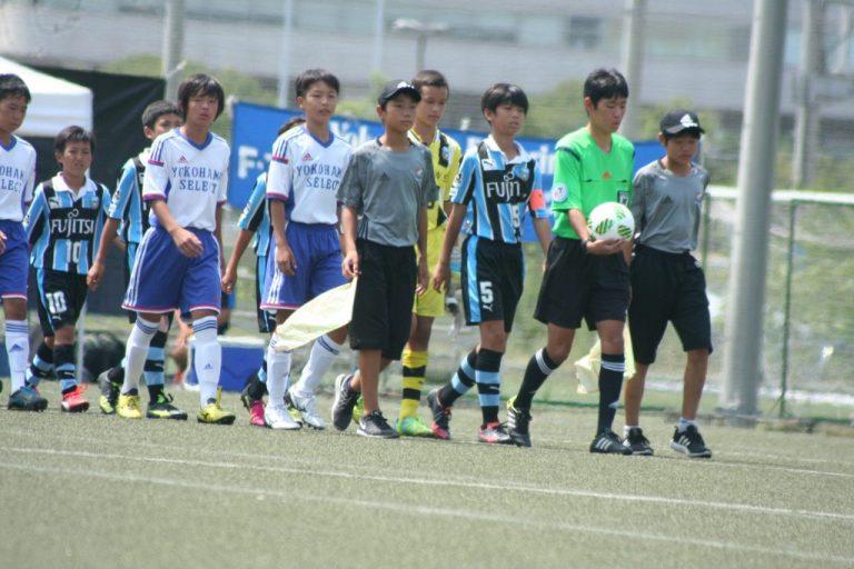 決勝へ臨む両チームのメンバー