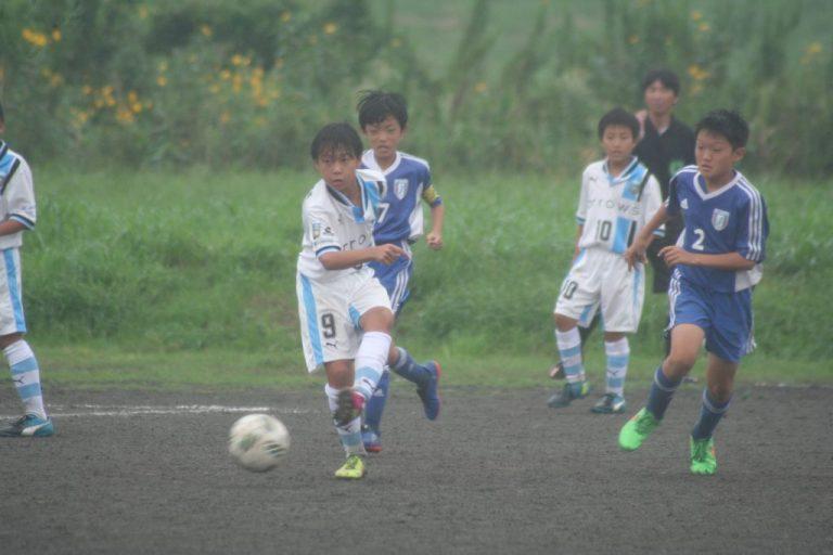 松尾凛久選手がゴールへ迫る