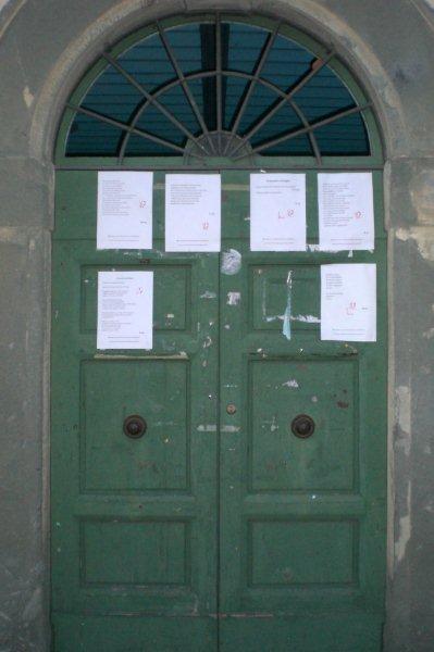 poesie sulla porta