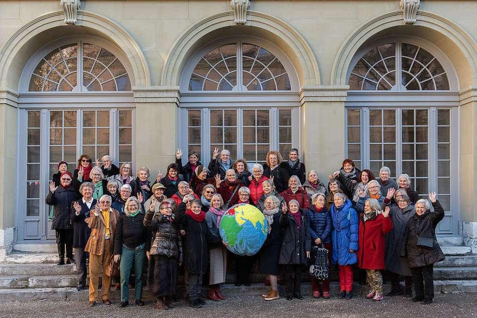 Swiss Senior Women Vote for Climate Protection. © Greenpeace / Piero Good