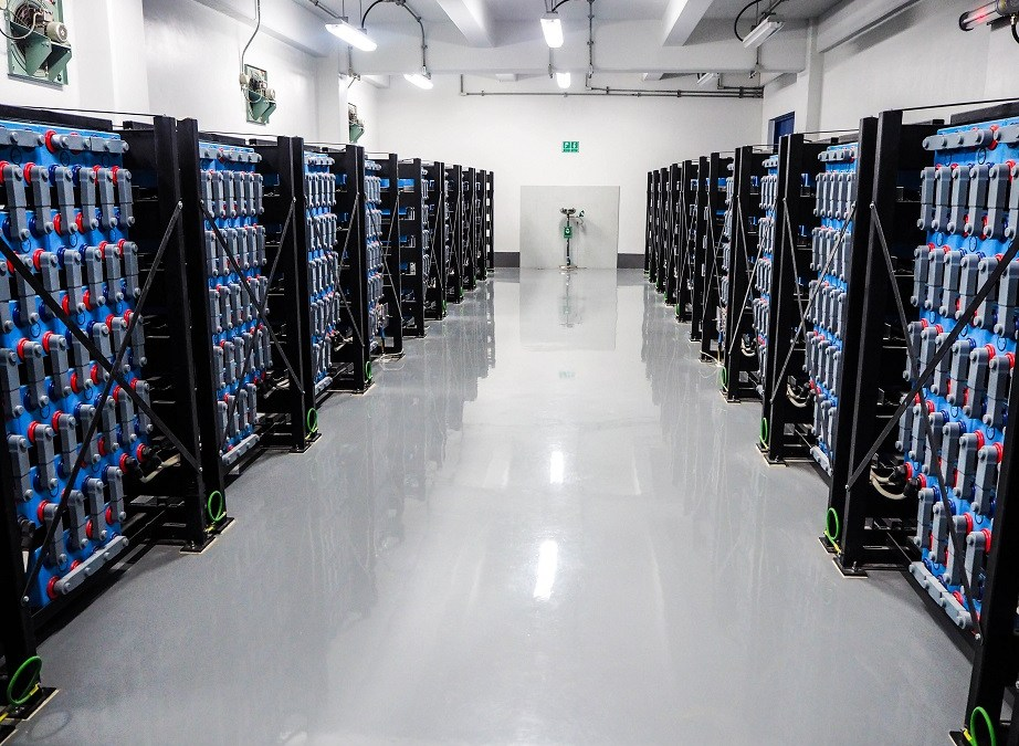 Smart-grid ready UPS for data centres shows glimpse of future possibilities