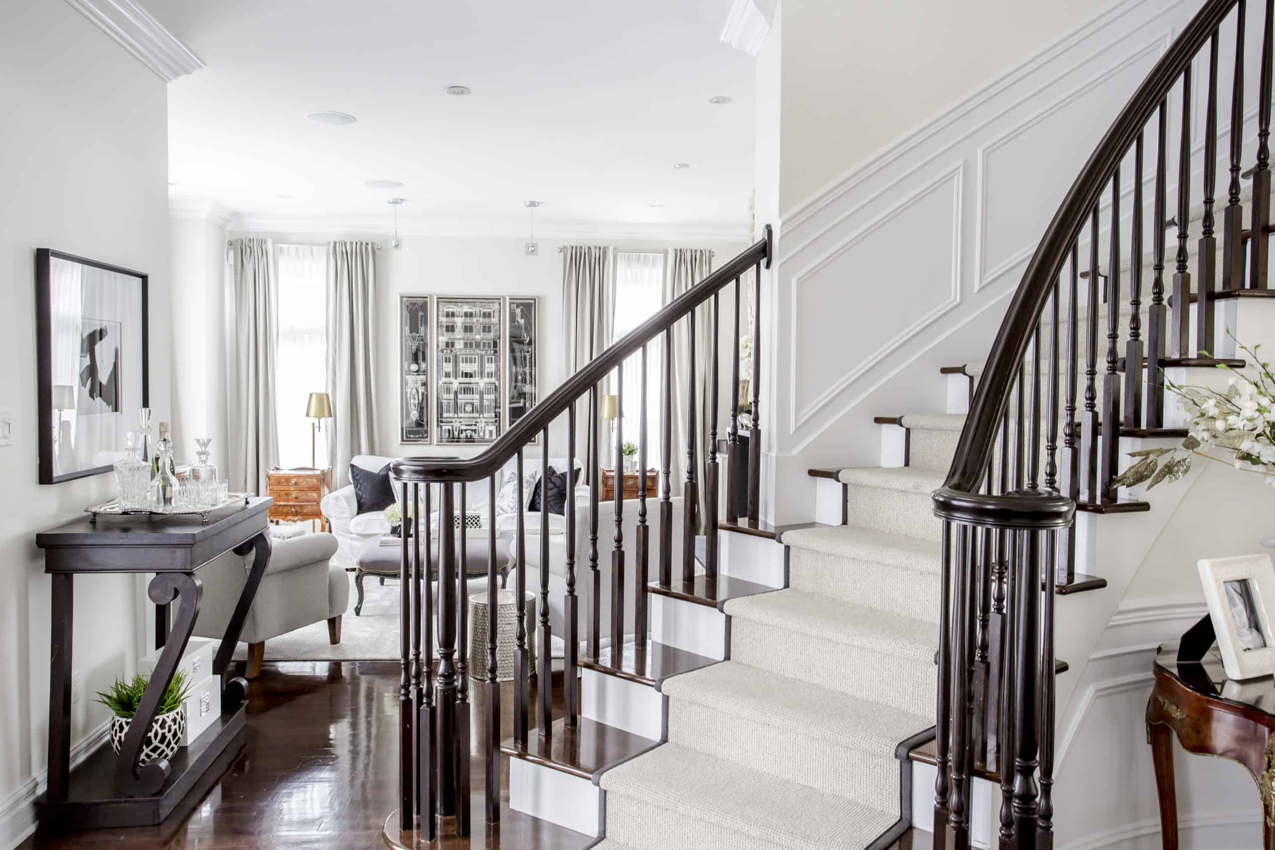 Modern staircase with a carpet on on it