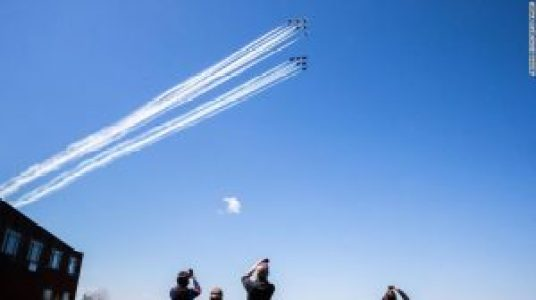When to watch the Blue Angels fly over Chicago, Detroit and Indianapolis today
