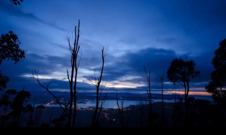 Tumultuous Tasmania by Francois Fourie- Screen Grab_1.57 .png
