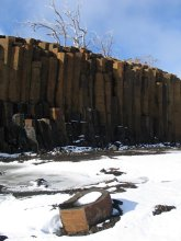 Basalt columns (colonnades) at Liawenee near Great Lake.