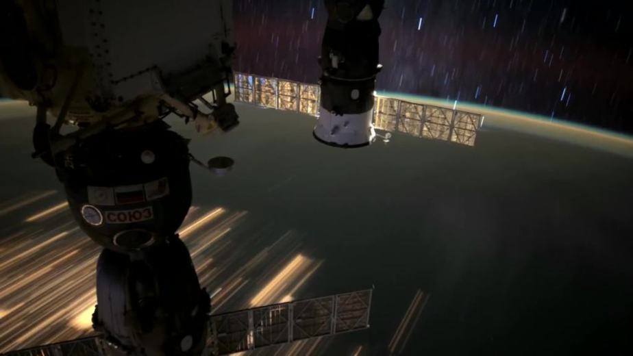 Orbit Timelapse - Intl Space Station - compiled by Selmes Films via NASA - 34