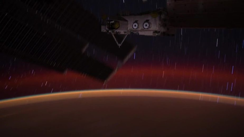 Orbit Timelapse - Intl Space Station - compiled by Selmes Films via NASA - 50