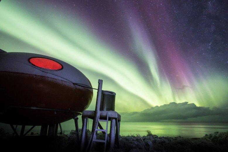 The Aurora on Macquarie Island  - by Nick Fitzgerald - 06