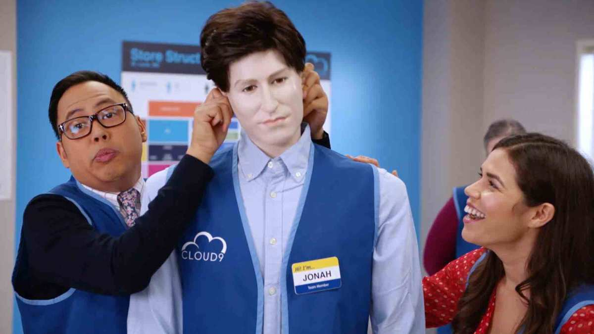 Mateo and Amy pranking Jonah with a mannequin that looks like him in episode two of Superstore.