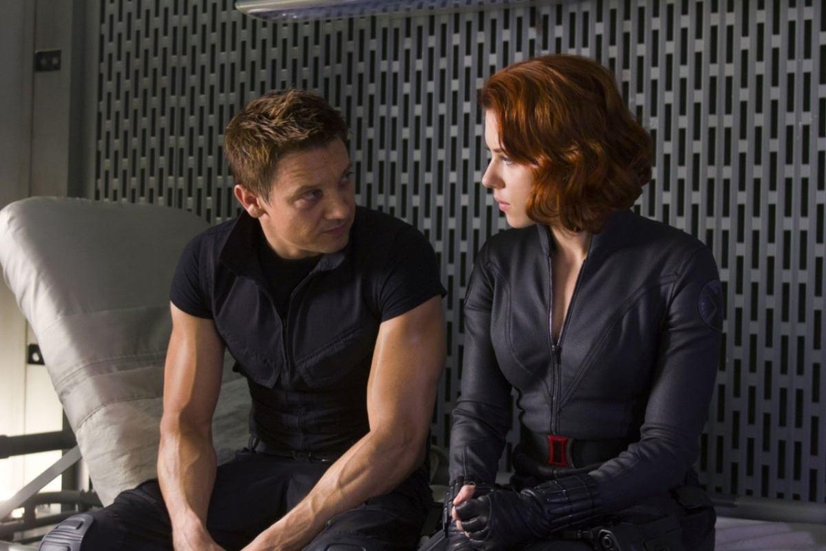 Clint and Natasha talk after Hawkeye is un-brainwashed.