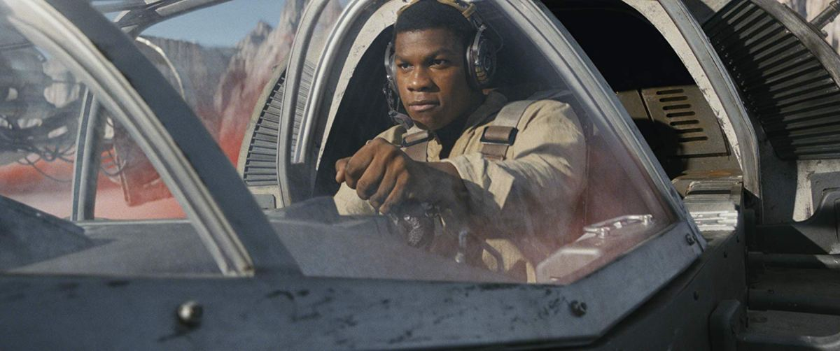 Pilots a fighter against the First Order.