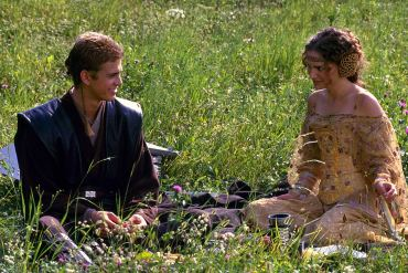 Anakin and Padme have a picnic among flowers on Naboo