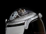 Legacy Machine FlyingT Baguette diamonds edition lugs detail