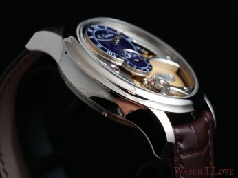 Romain Gauthier Insight Micro-Rotor side