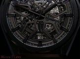 Zenith-Defy-Classic-Ceramic-49.9000.670-77.R782-dial-detail-date-view
