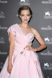 Amanda Seyfried wearing 101 feuille at Jaeger-LeCoultre Gala Dinner Amanda Seyfried at the Jaeger-LeCoultre Gala Dinner during the 76th Venice International Film Festival at i Granai di Cipriani. Venice, 30th August 2019 (Photo by Sebastiano Pessina for Jaeger-LeCoultre)