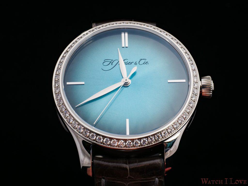 Endeavour_Centre_Seconds_Diamonds_Purity