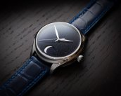 endeavour_perpetual_moon_concept_aventurine_1801-1201_lifestyle1