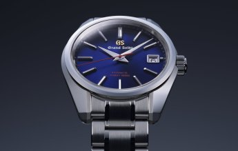 Like all the four limited editions, this Hi-beat 36000 has a dial in Grand Seiko's signature blue