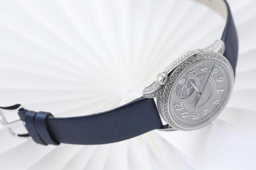 Vacheron Constantin Égérie moon phase diamond-paved