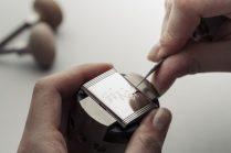 Nicholas Hoult - Personalised Engraving Reverso @Alex Teuscher