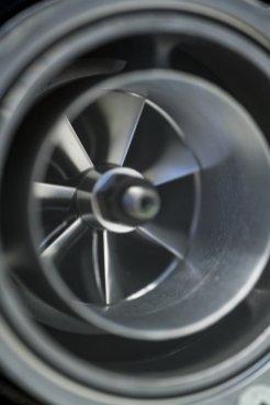 Bugatti_Chiron__powertrain_016